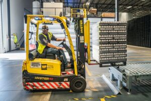 Read more about the article Top 12 Reasons It Is Great To Work In Manufacturing